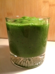 apple_spinach_mango_kiwi_smoothie